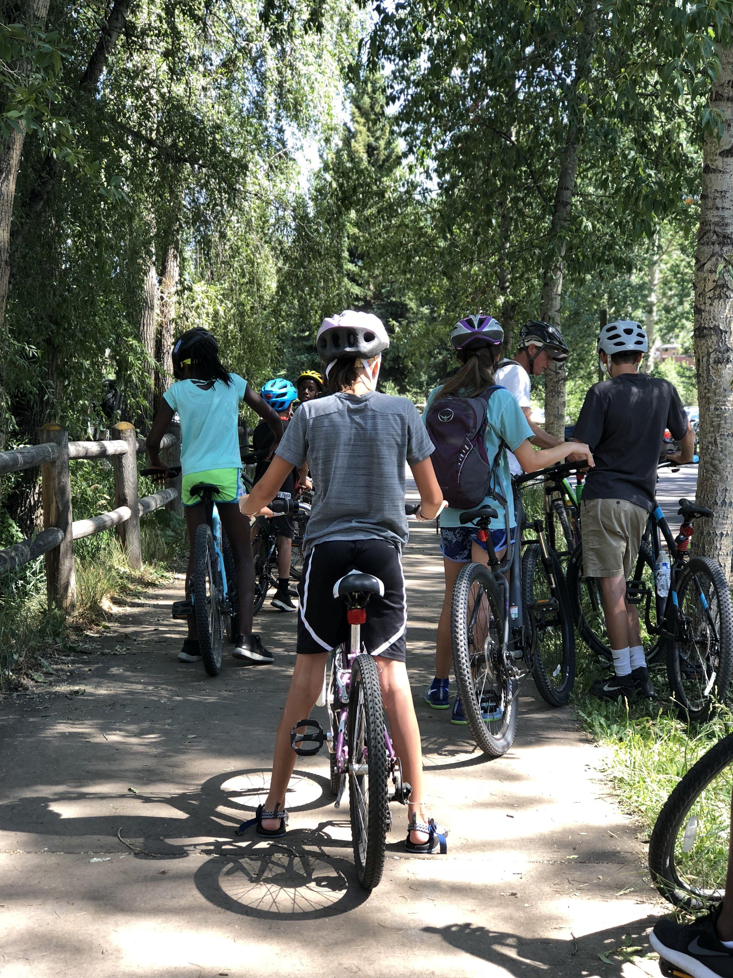 family-biking-rio-grande-trail-aspen
