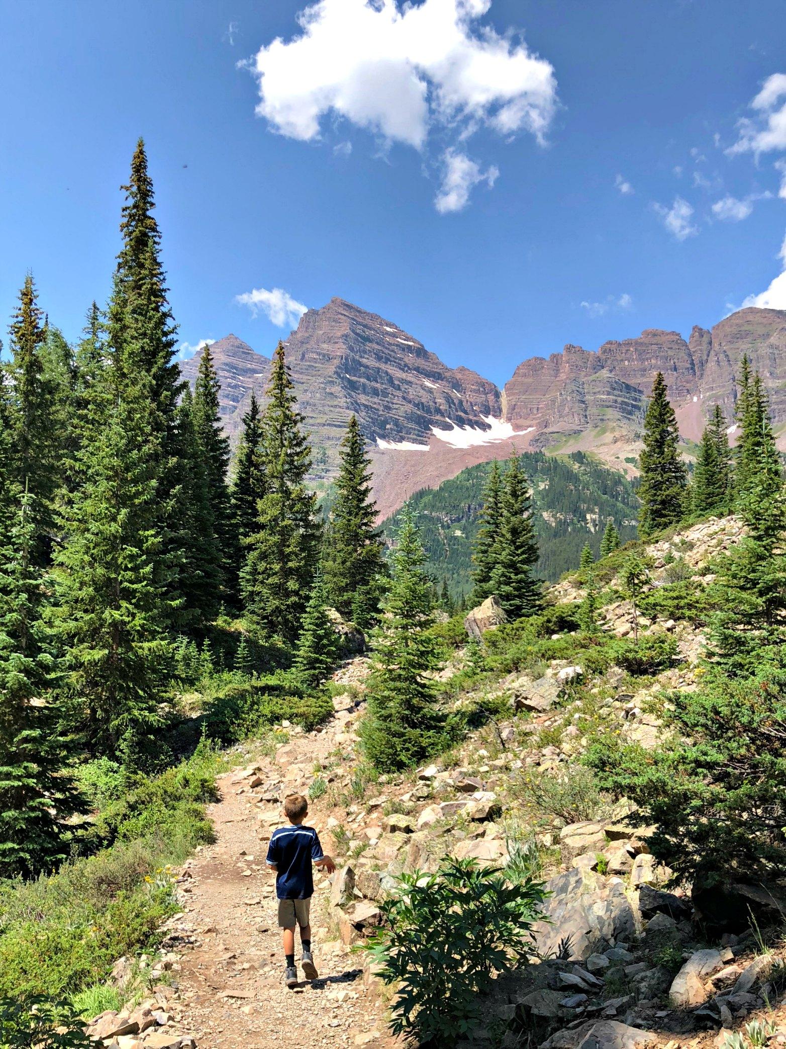 hike-crater-lake-maroon-bells