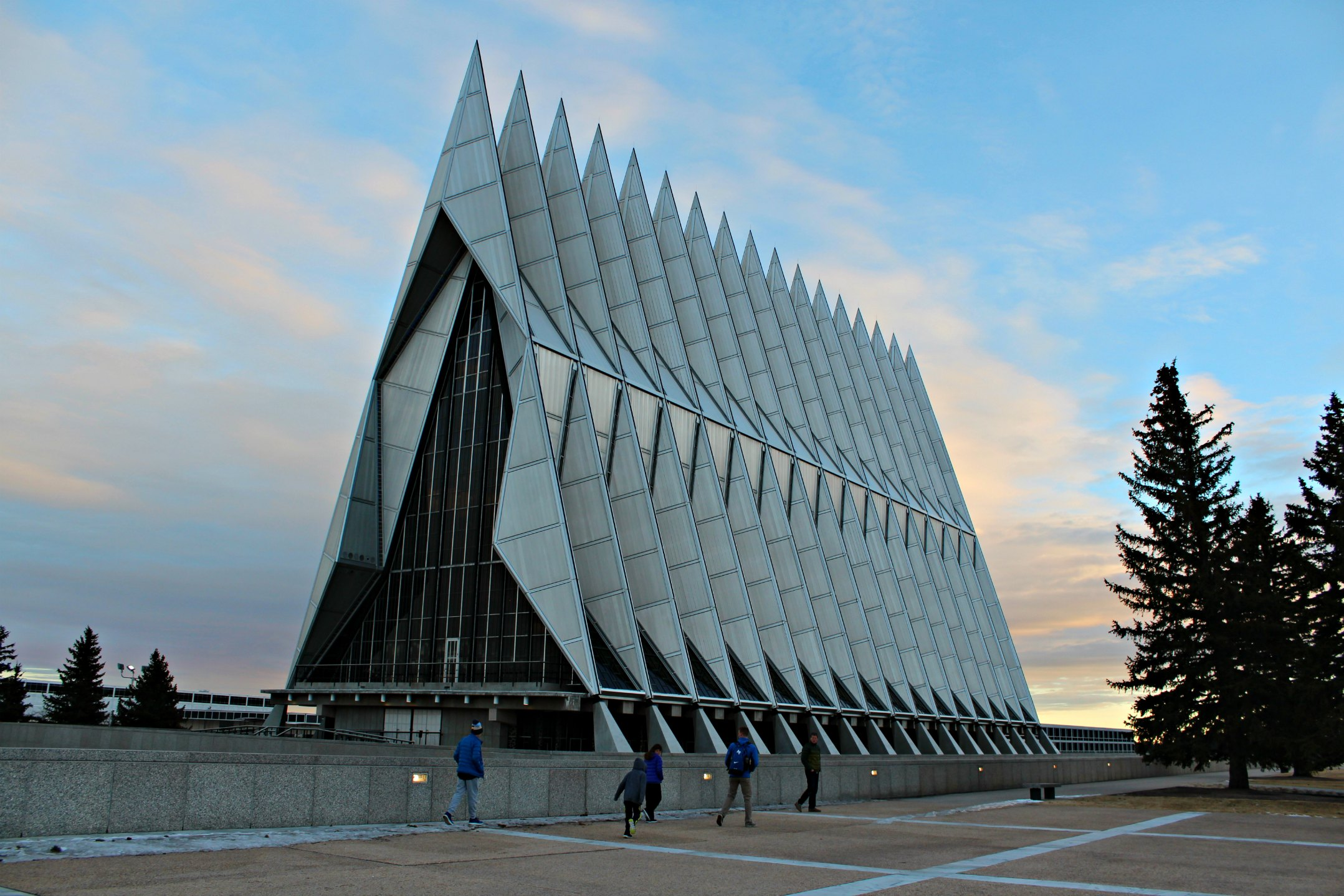 united-states-air-force-academy-chapel