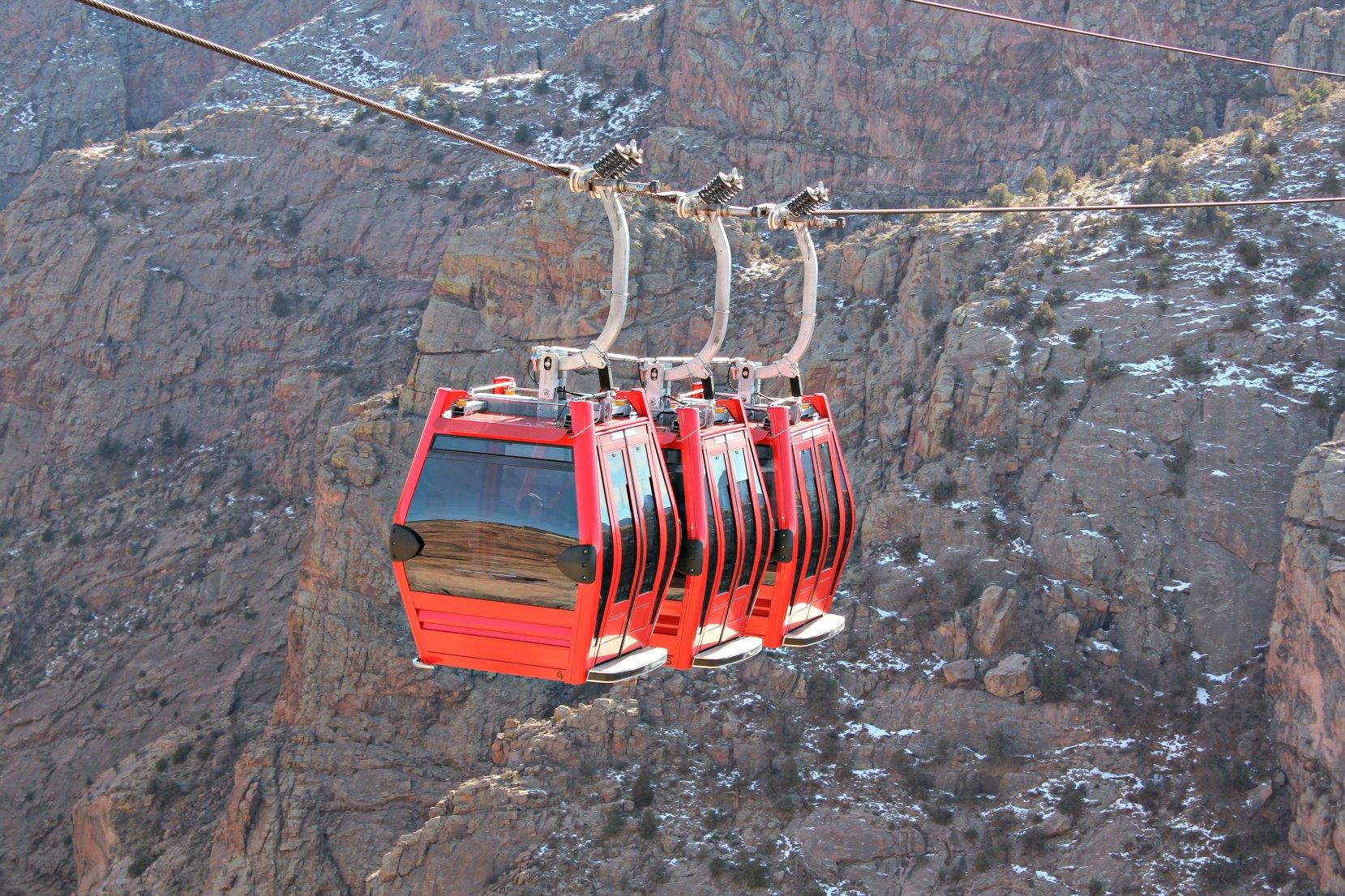 royal-gorge-gondola-canon-city-colorado