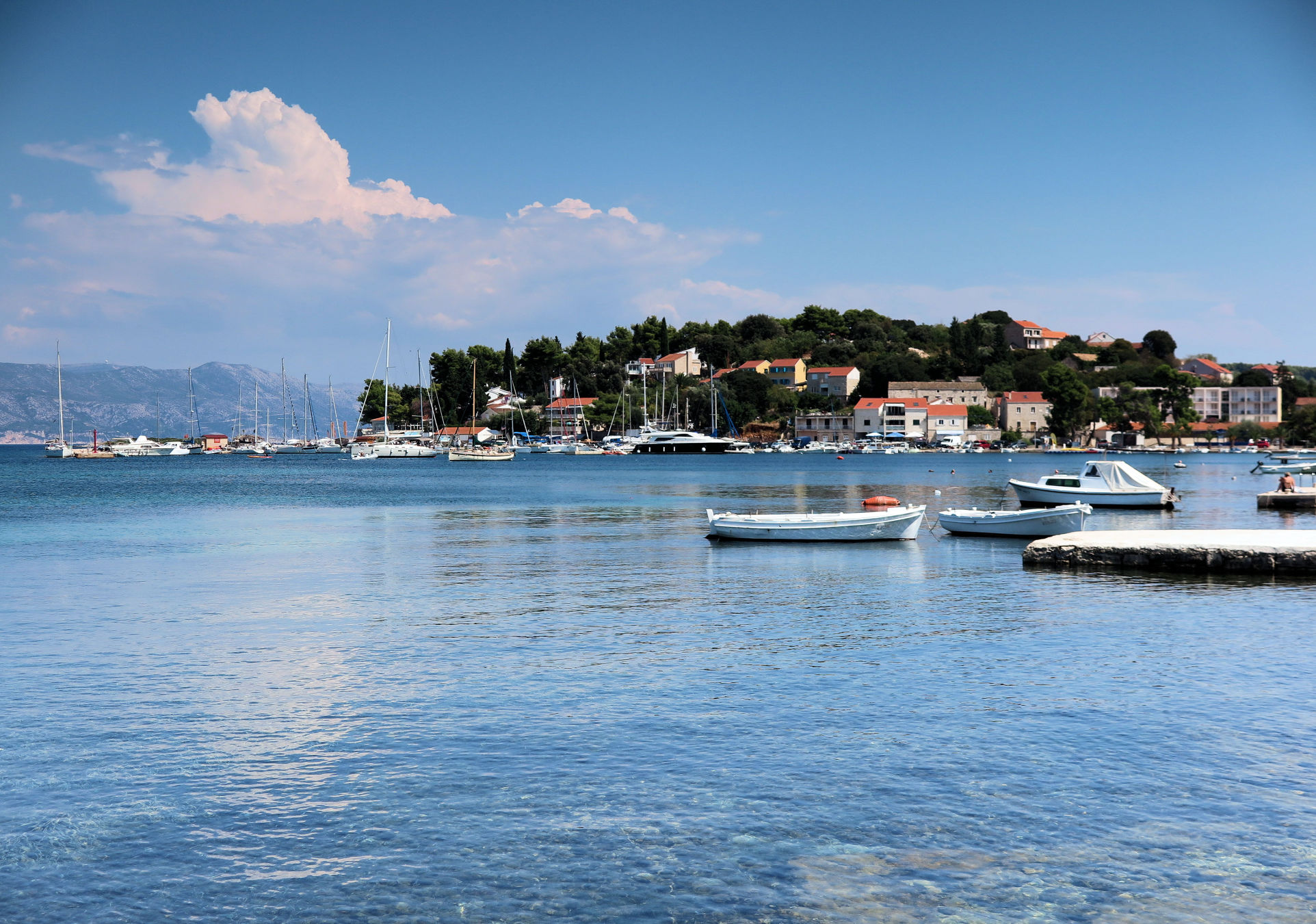 lumbarda-harbor-croatia