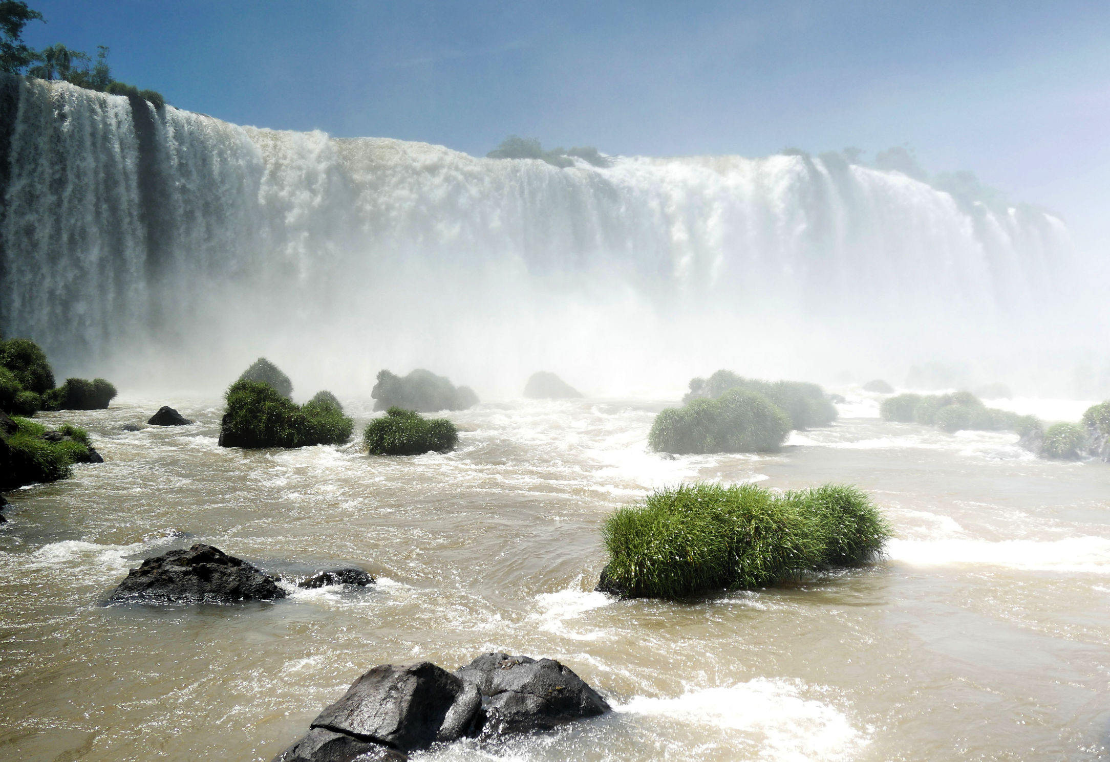 iguazu-brazil-waterfall