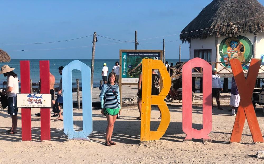 holbox-sign-on-beach.jpg