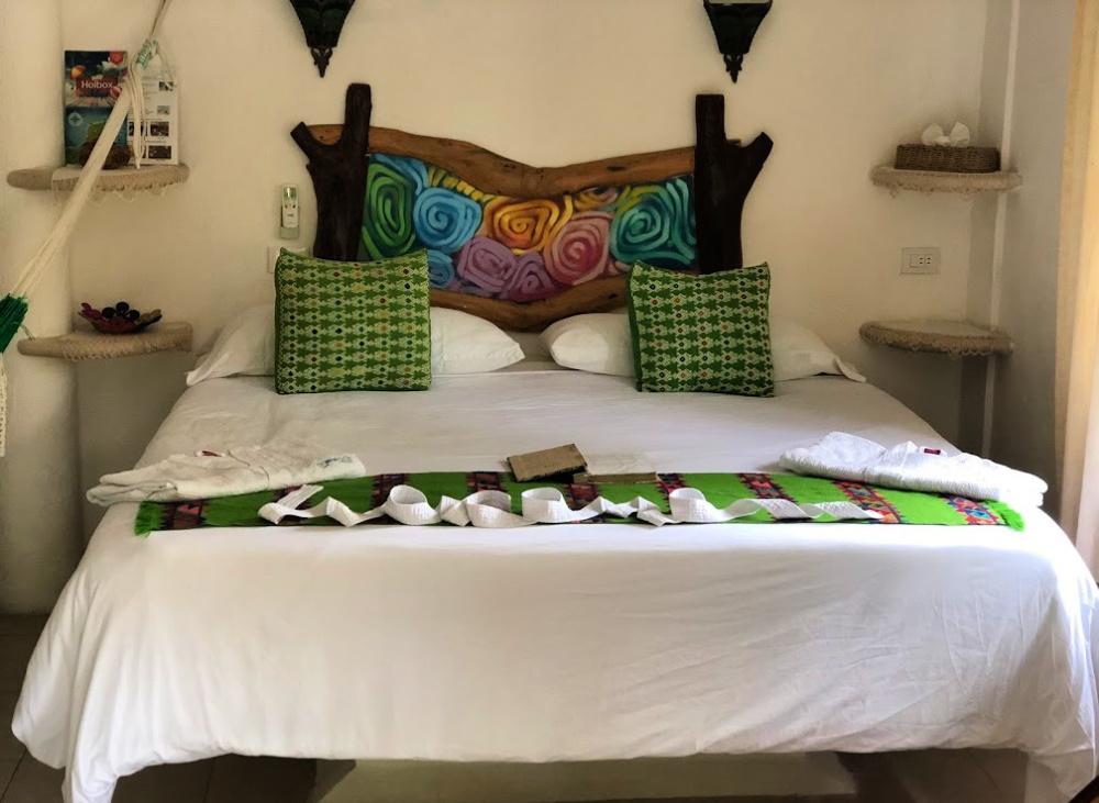 hotel para ti room bed
