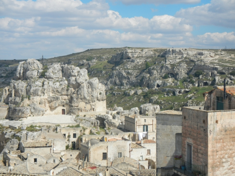 A fascinating contrast in time: The caves and the Sassi (stone city) of Matera, Italy