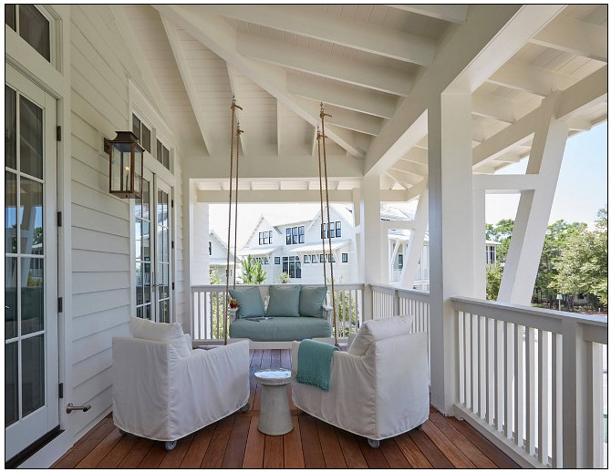 All photos are from  homebunch . You can see a lot more photos of this beautiful coastal home there!!