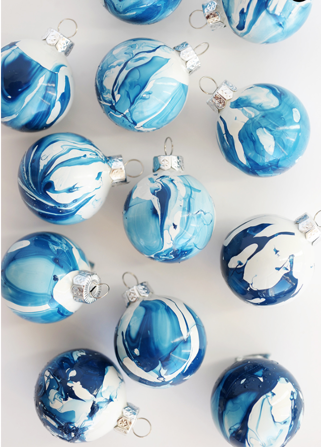 ornaments4.png