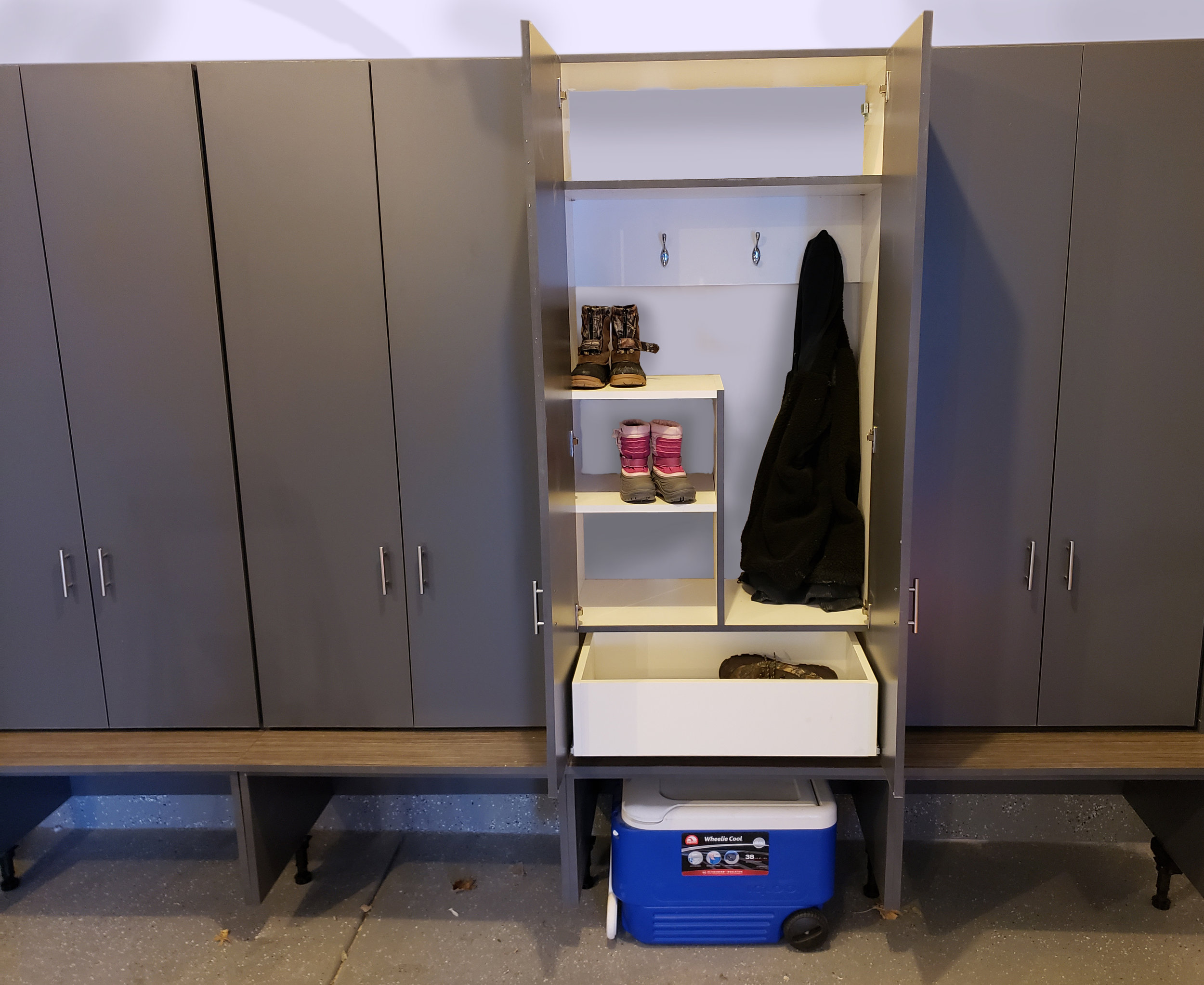 Locker with seat