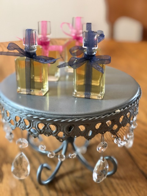 Ribbon Ready Perfume Bottles