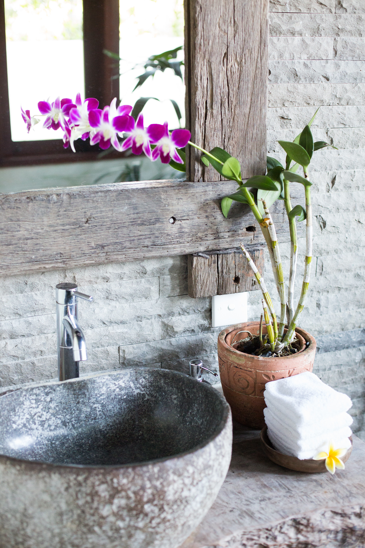 IMG_8664_guestbathroom.jpg
