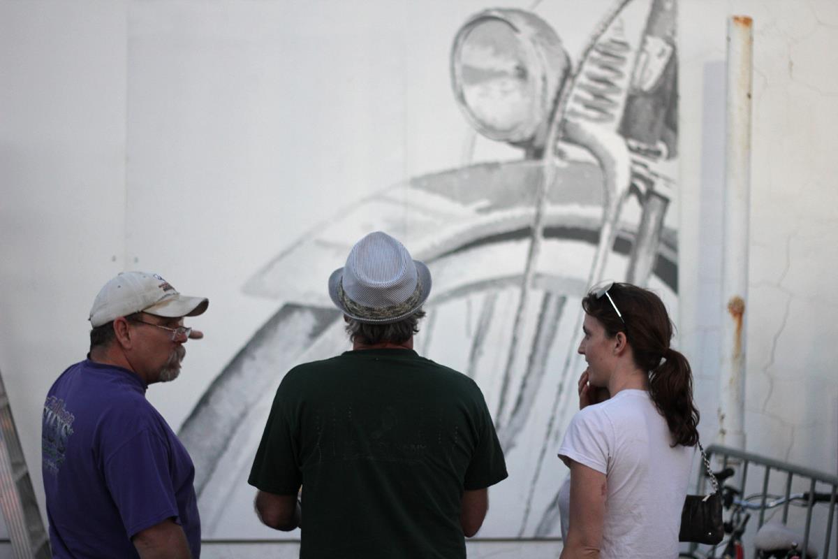 Stopple-building-mural.jpg