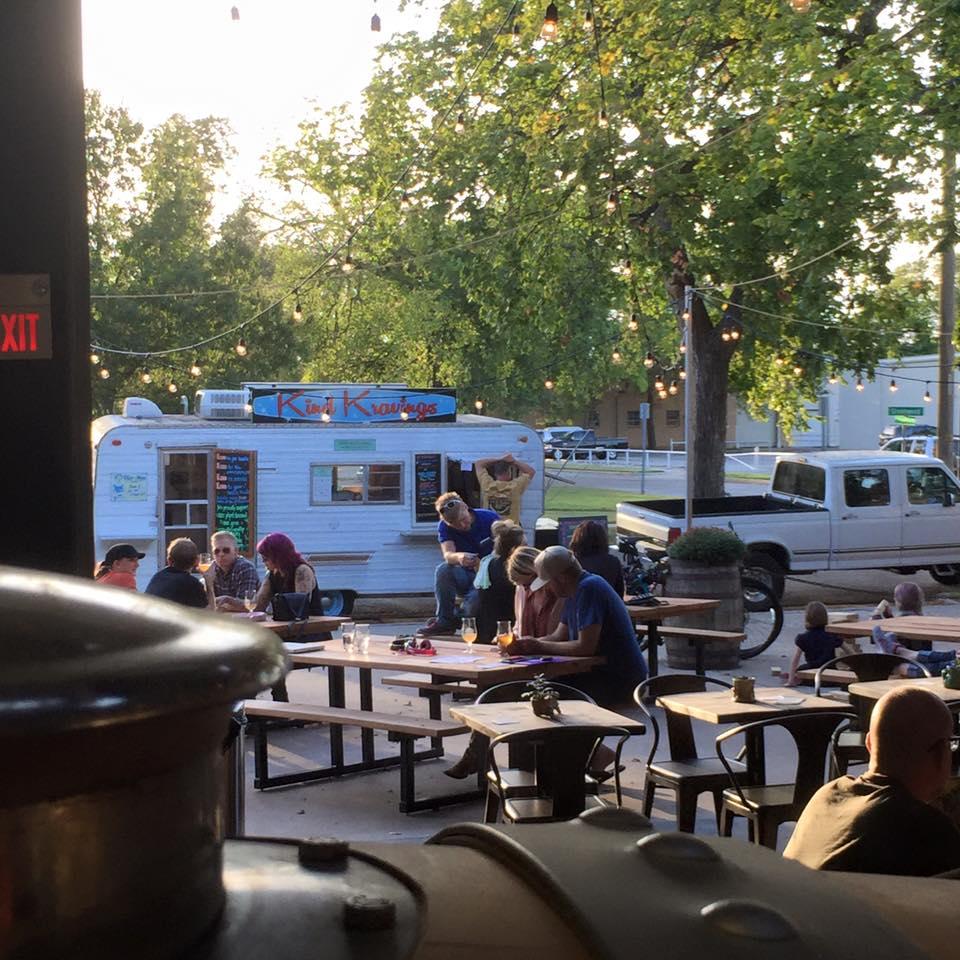 patio-food-truck.jpg