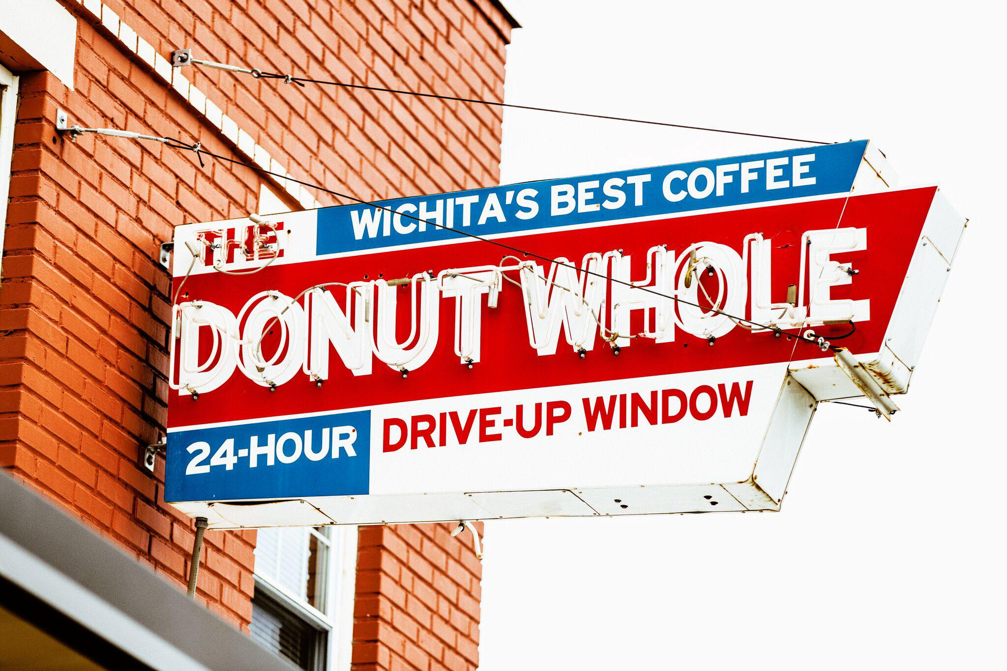 Donut-Whole-sign.jpg