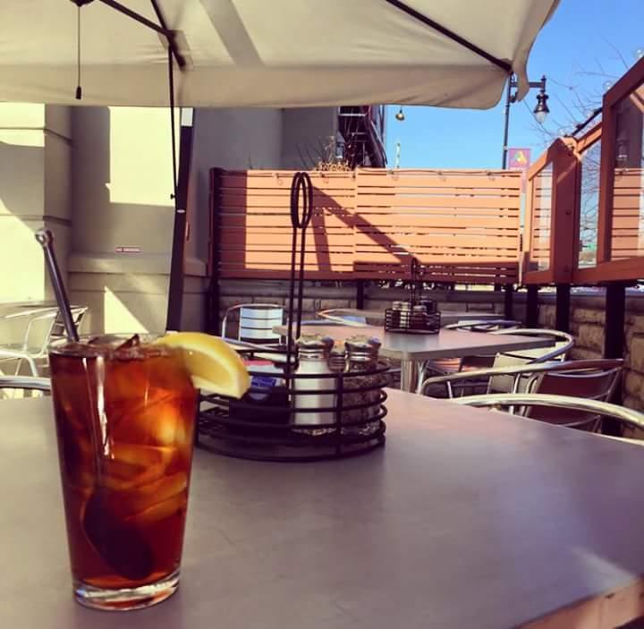 ilvicino_patio.jpg