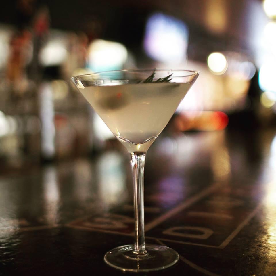 Wine-Dive-Martinis.jpg