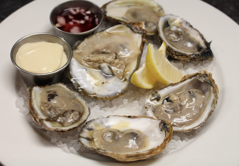 Wine-Dive-Oysters-on-the-Half-Shell.png