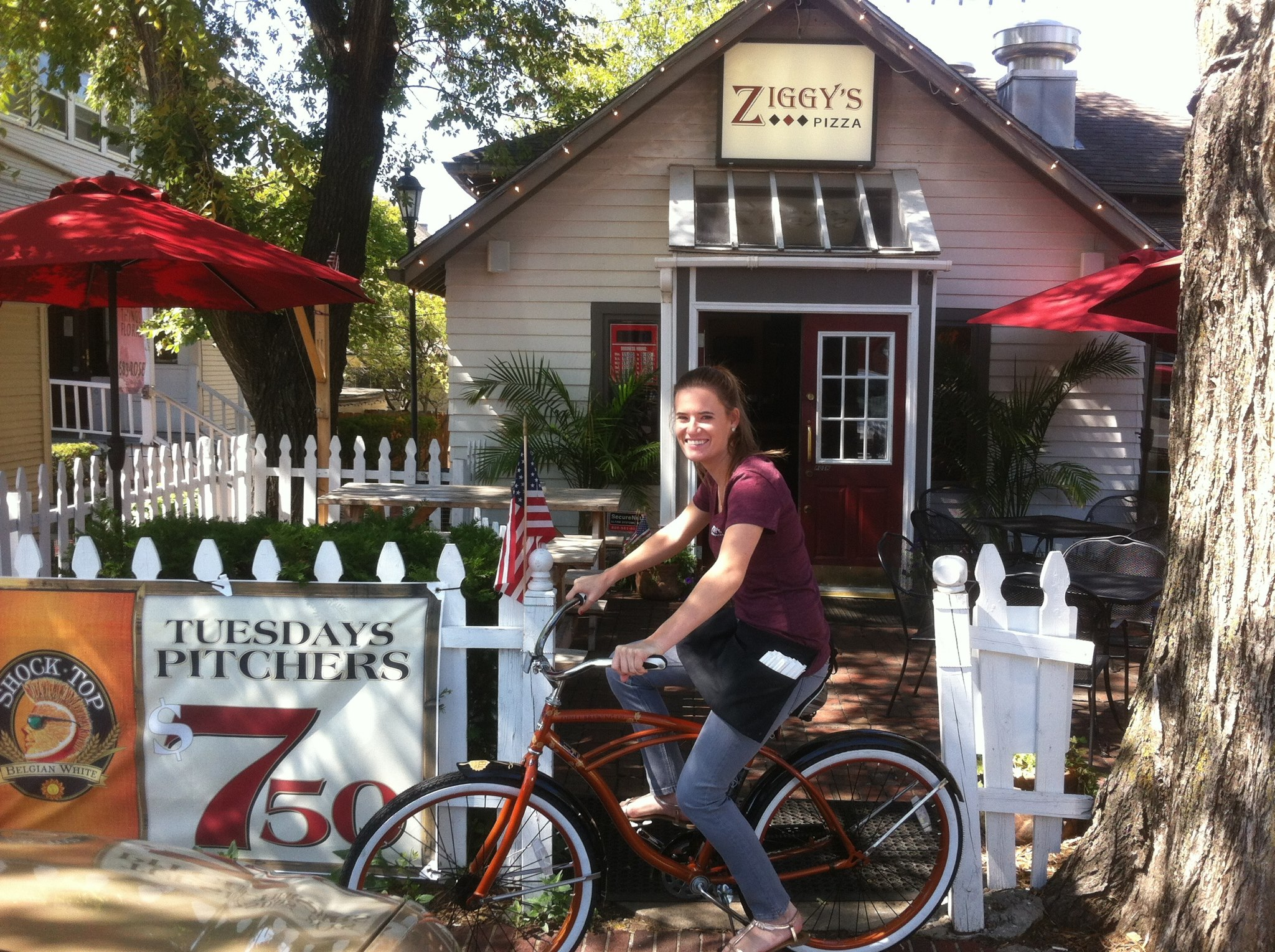 Bike-to-Ziggys.jpg