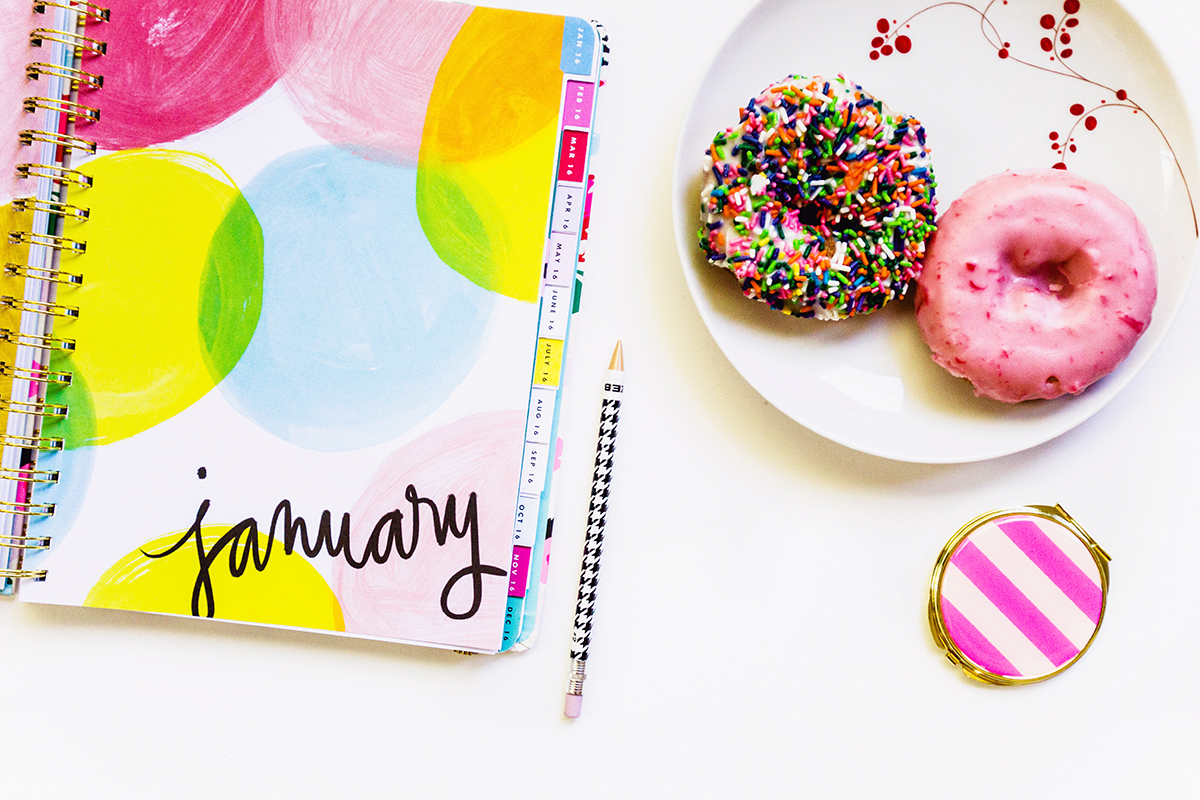Click through to find out 30 actionable ways to grow your blog and business this year! Time to whip some booty!