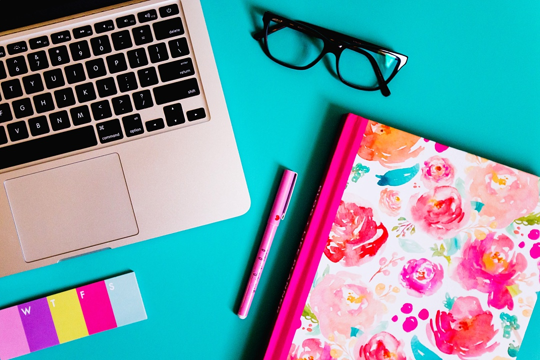 The ultimate guide to taking pretty styled stock photos for your blog! Learn about equipment, setup, styling, editing and more!
