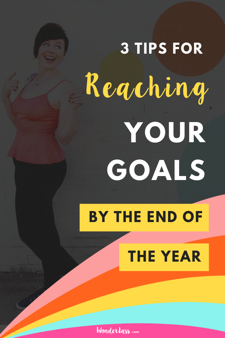 Ready to actually REACH your goals by the end of the year? Then click through for 3 actionable tips that will help you reach your goals (even if you feel like they're out of reach.) #goalsetting #productivitytips #todolist #savetime #businessplanning