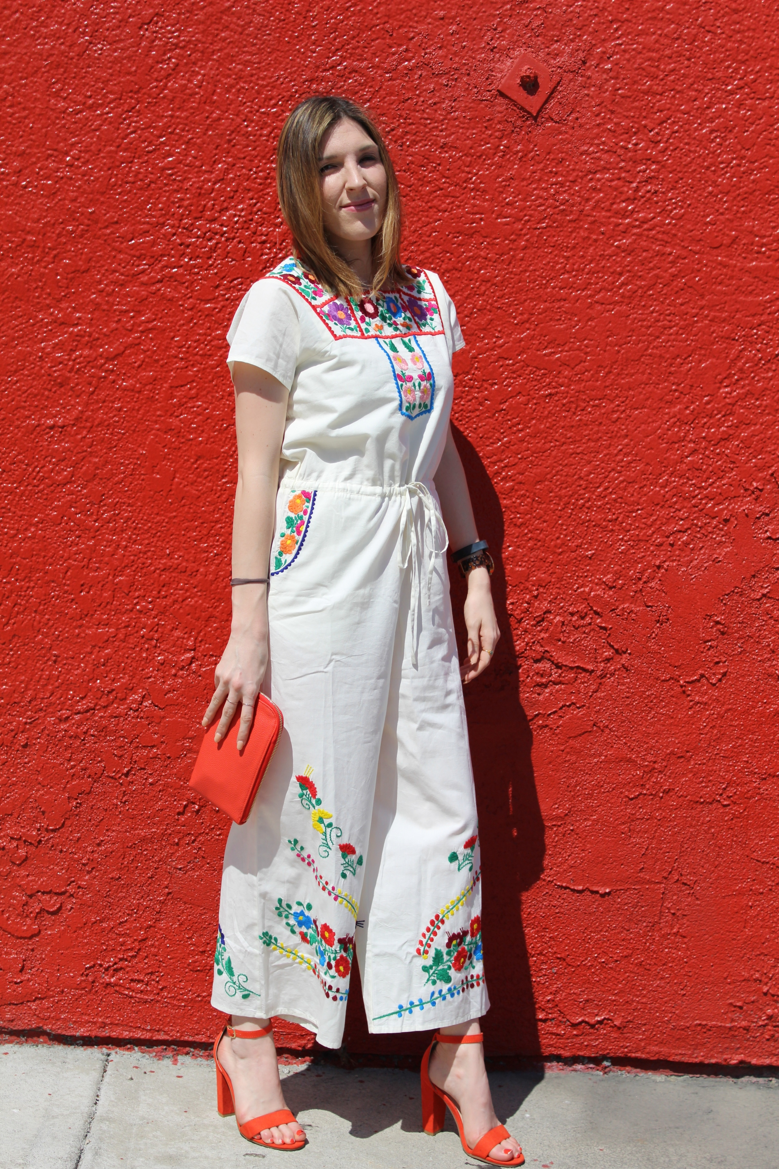I absolutely adore embroidery! When I see embroidery I have to have it! This jumpsuit had just that effect on me.