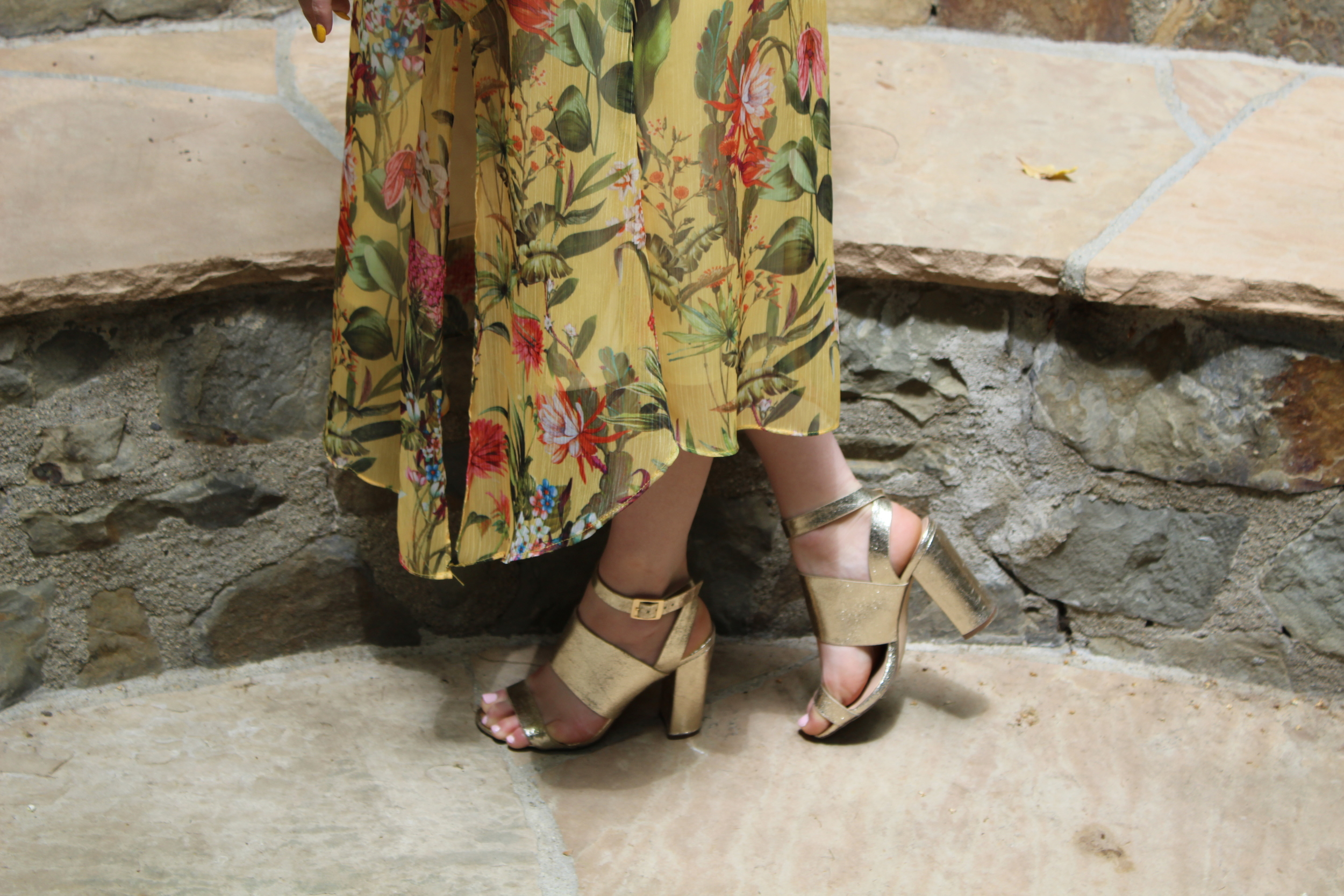 These gold heels really brought out the yellow of this dress and I just love them to being with! They are really cute and I love crackled gold, making them one of my favorite pairs of shoes, and trust me I have many!They also dress up any outfit and complement many different colors so they are easy to wear often.