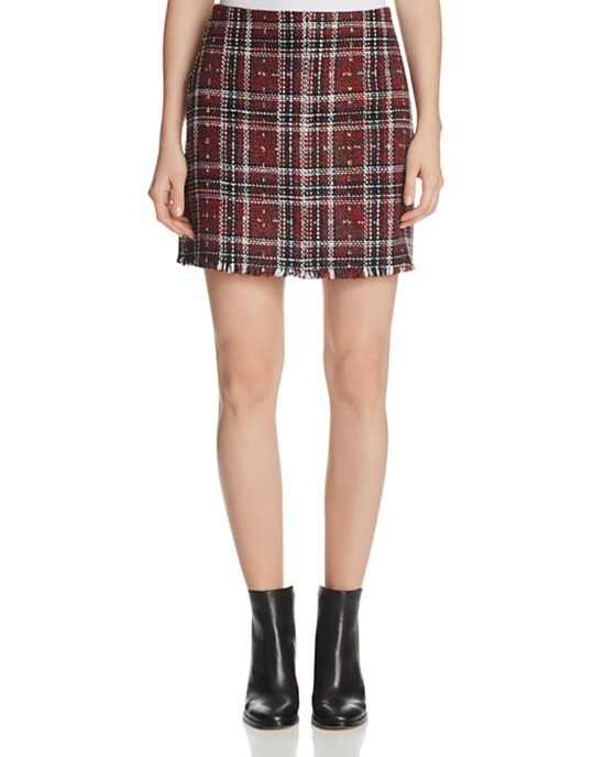 5.  Plaid Skirt   Plaid really signifies fall in my eyes and in a skirt it's even better! These are my favorite ones, you can view them  here ,  here , and  here !