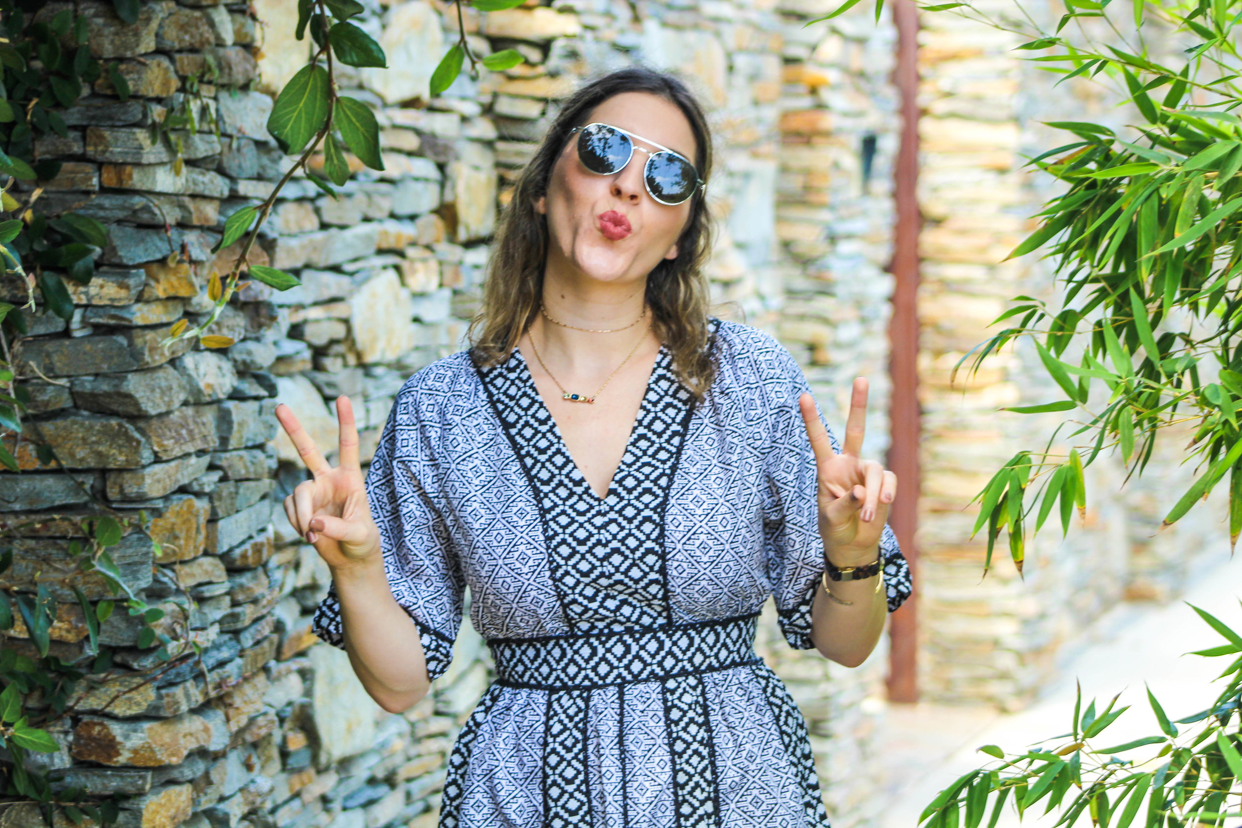 Dress: similar dress   here   // Boots:   Zara   // Sunnies:   Le Specs   // Bag:   Cult Gaia