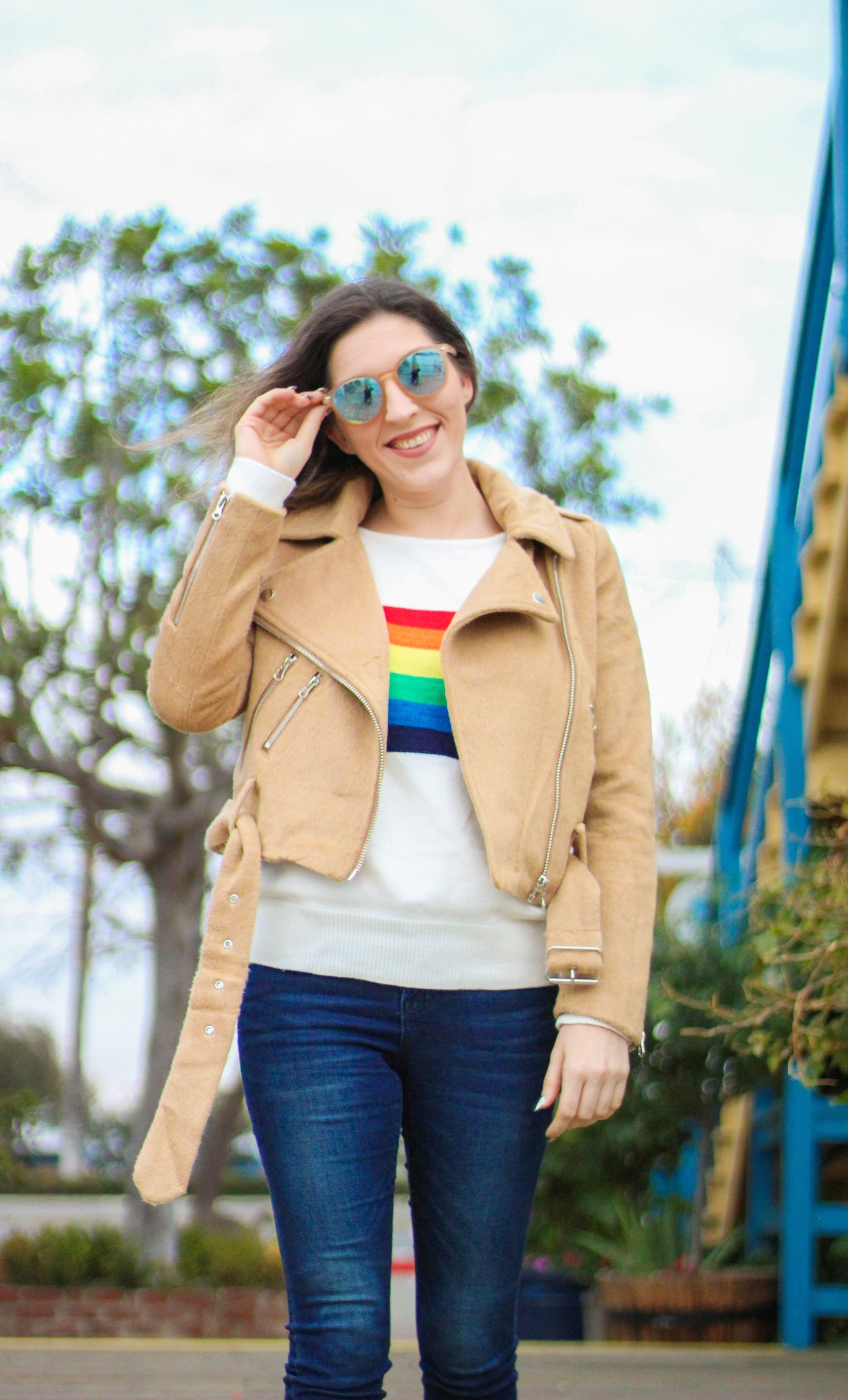 Jacket:   F21   // Sweater:   Shein   // Jeans:   Old Navy   // Shoes: Zara, similar   here   // Sunnies:   Le Specs