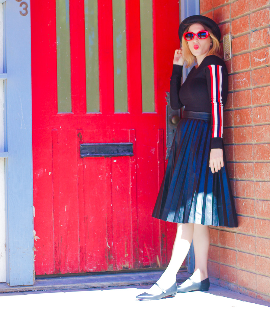 Top:   F21   // Skirt:   Shein   // Shoes:   Nine West   // Hat:   H&M   // Sunglasses: similar   here