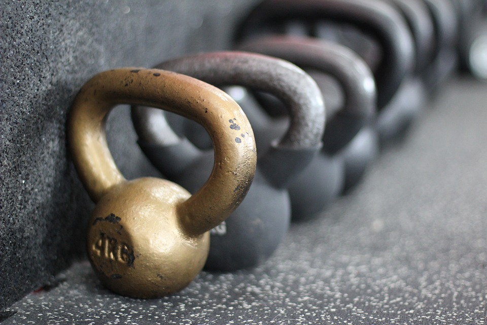 EXERCISE LIBRARY - VIDEOS AND DESCRIPTIONS