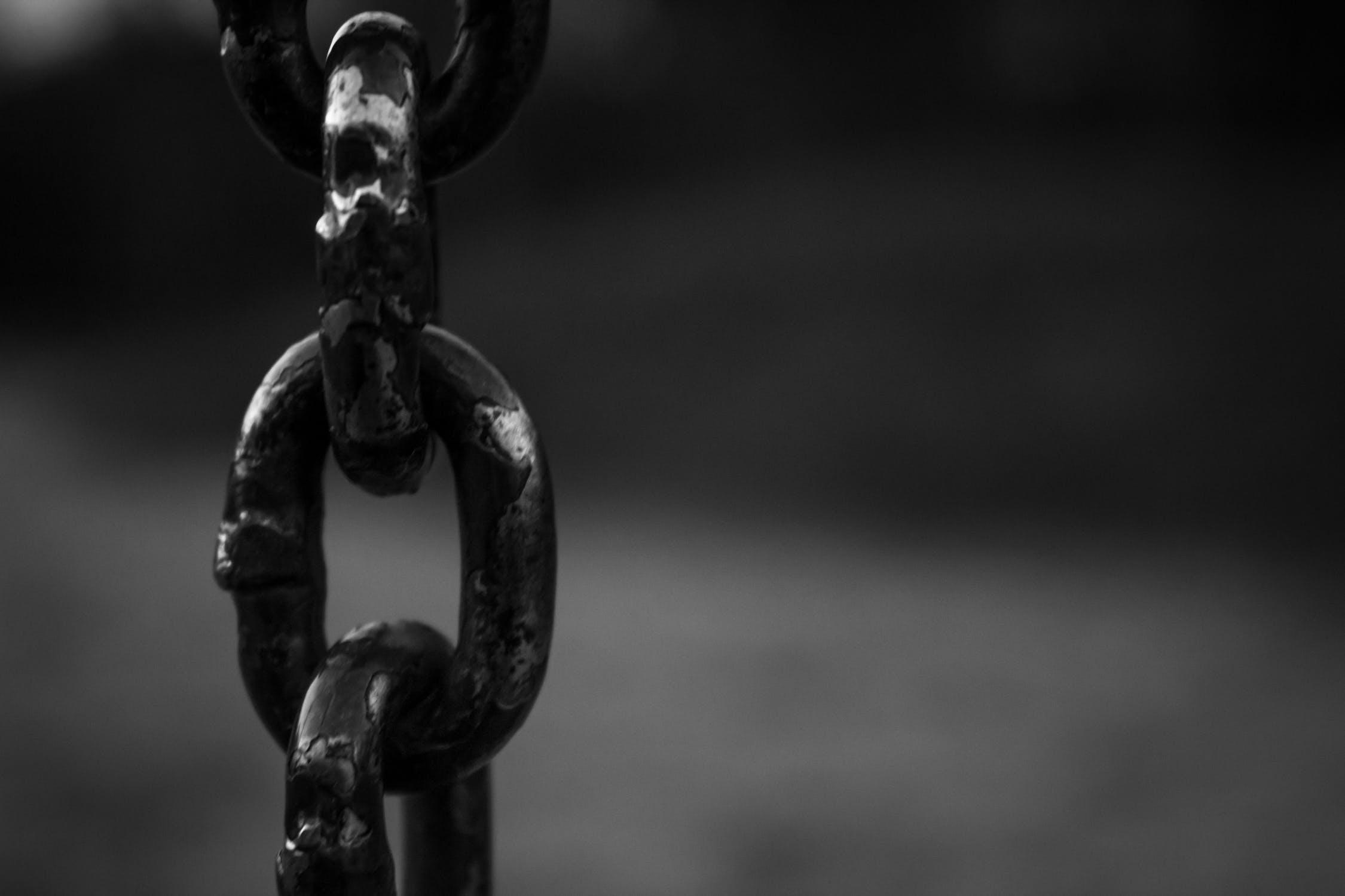 chains.jpeg