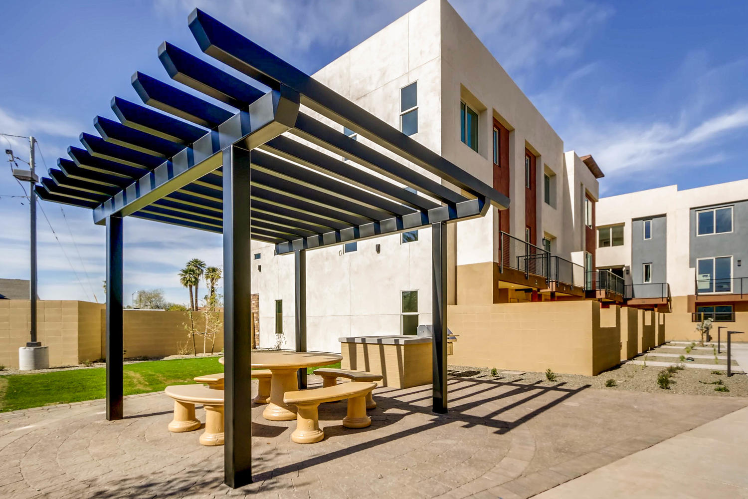 820 N 8th Ave Unit 21 Phoenix-large-068-30-Community Area Park-1500x1000-72dpi.jpg
