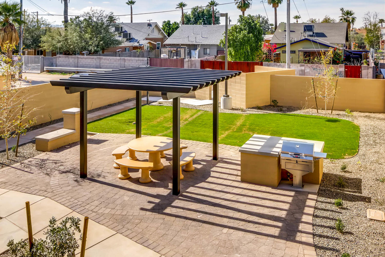 820 N 8th Ave Unit 21 Phoenix-large-070-46-Community Area Park-1500x1000-72dpi.jpg
