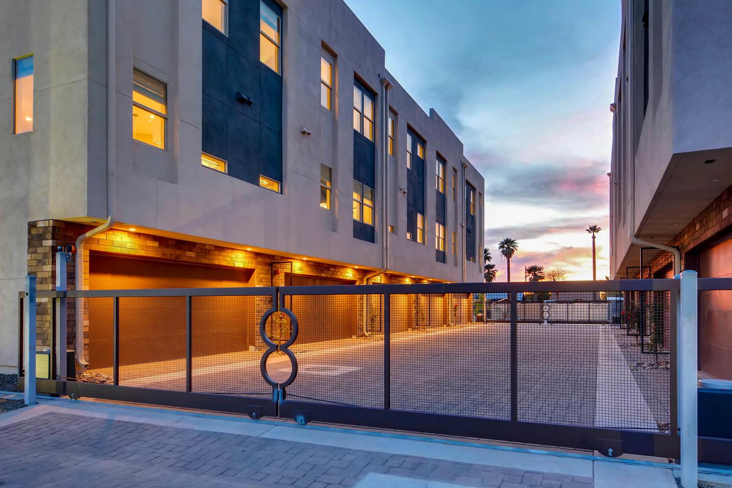 820 N 8th Avenue Phoenix AZ-large-003-2-Exterior Front Entry-1500x1000-72dpi.jpg