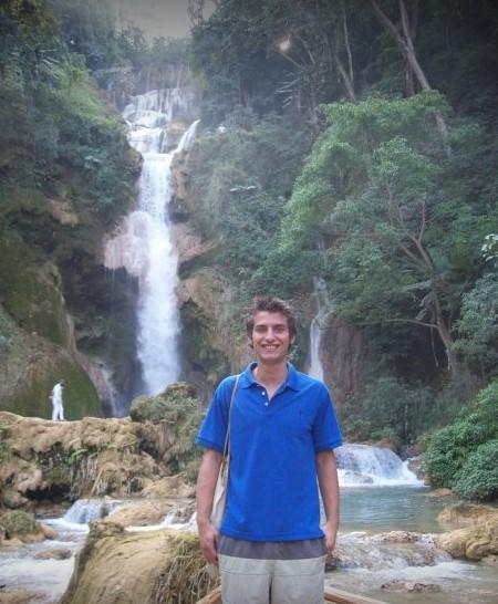 thumbnail_Kuang Si Falls - Laos.jpg
