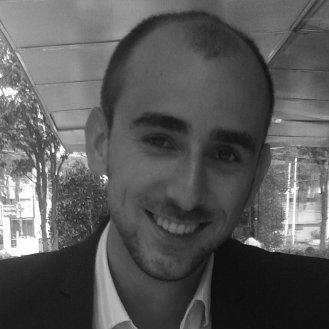 """Ferran Martí   Ferran es economista del comportamiento, analista económico y de datos y especialista en Big Data. Tiene un máster en Behavioural Economics por la Universidad de Nottingham y un máster en Educación y Investigación por la Universitat Rovira i Virgili. Es científico de datos en Global Hitss yprofesor de Economia del Comportamiento en la Universidad Iberoamericana. Se especializa en la aplicación de """"insights"""" procedentes comportamiento a soluciones empresariales y diseño de productos y servicios."""