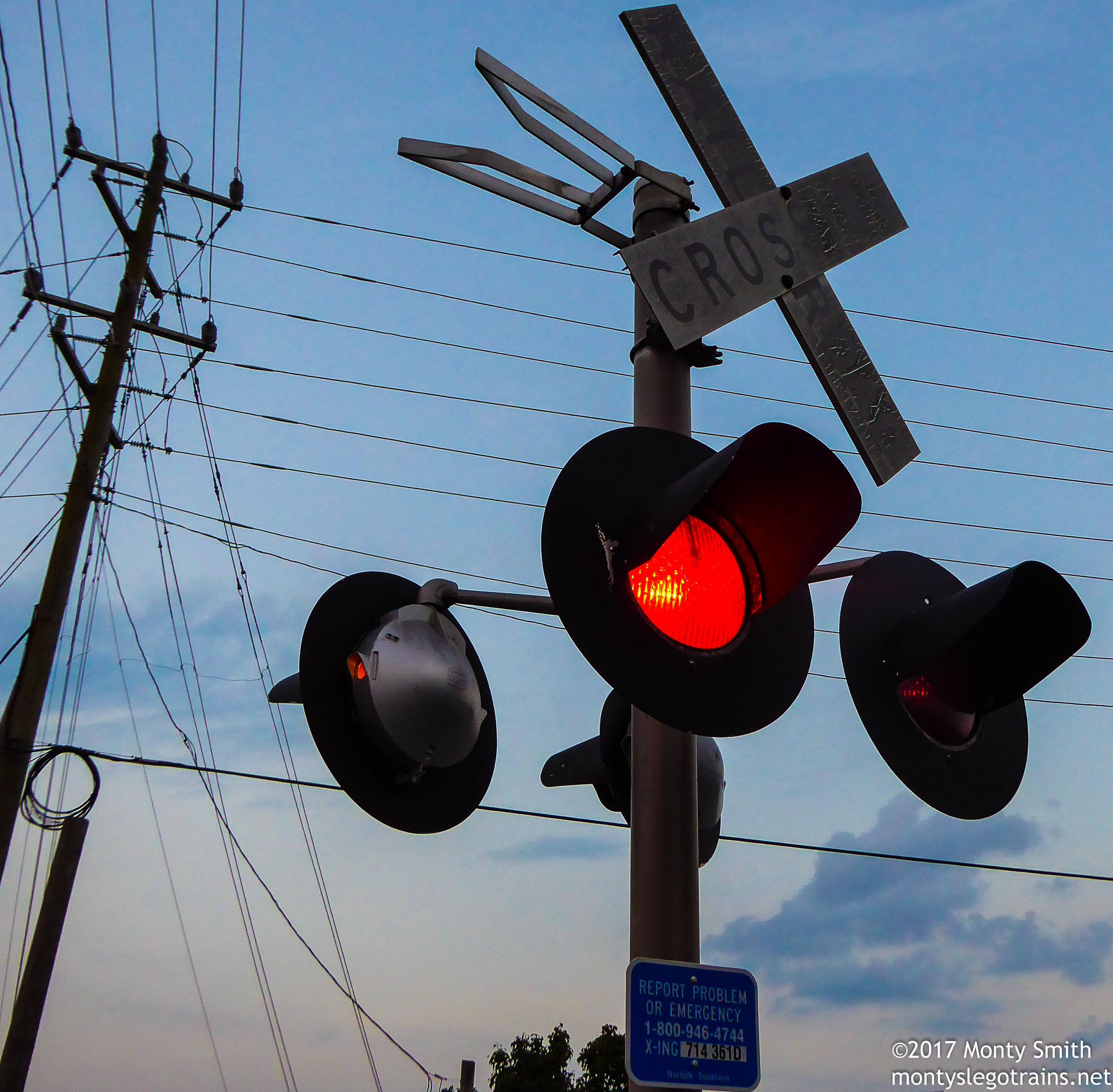 crossinglightsatGainesville71817