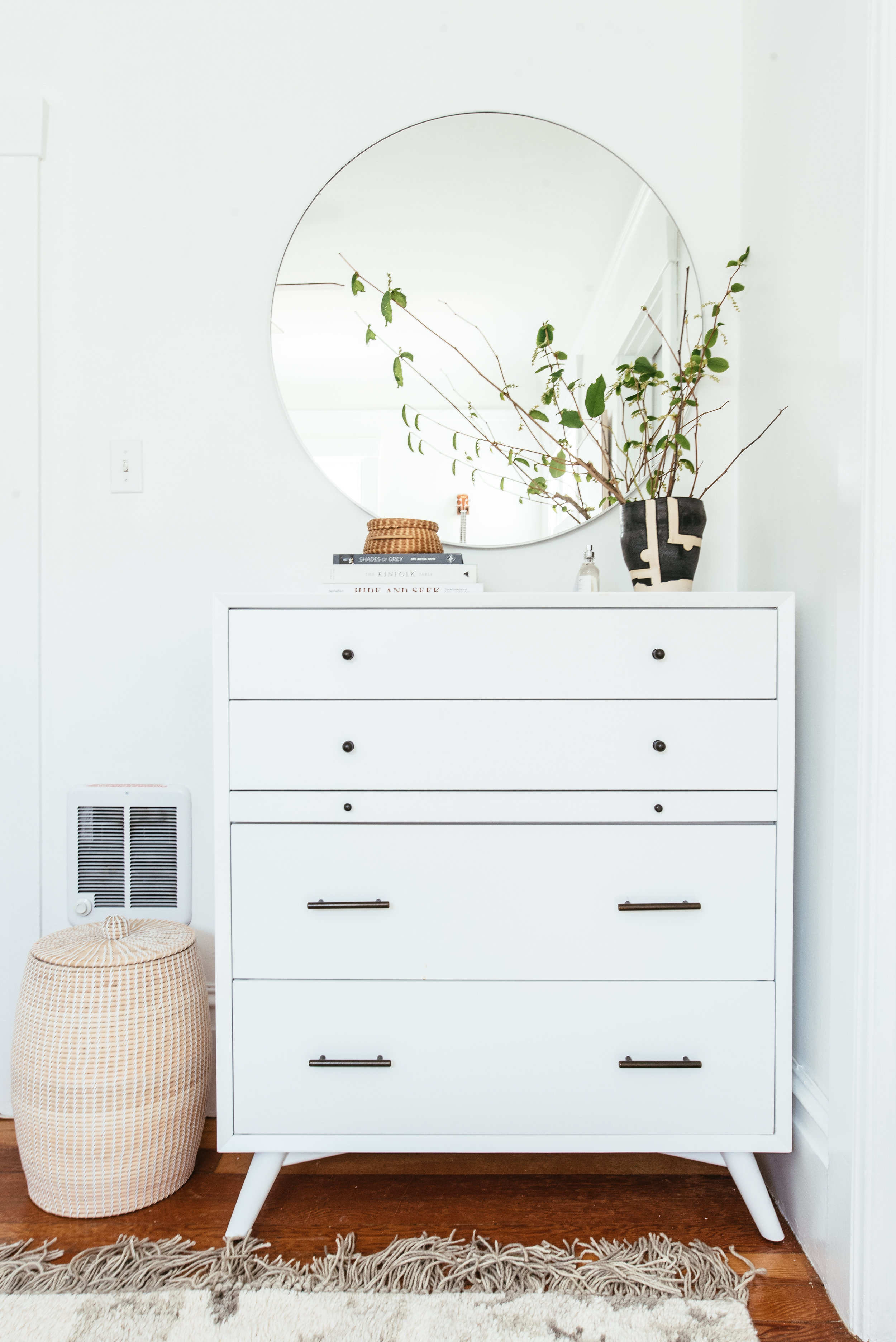 nicole-bedroom-makeover-13.jpg