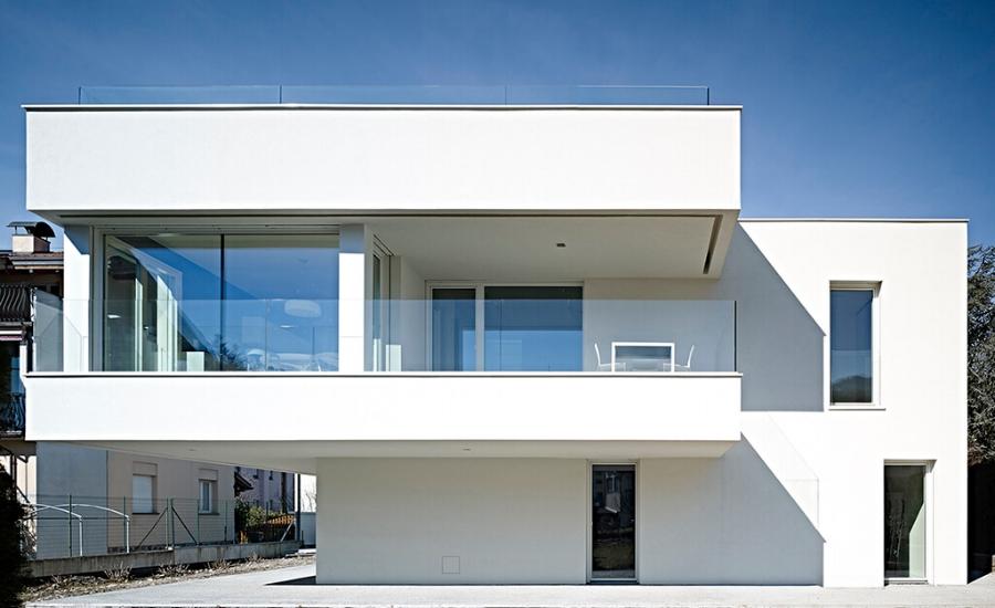 Casa Bl- west facade