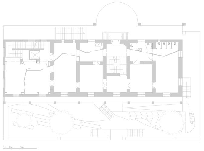 il corridoio è uno spazio dinamico .PIanta piano terra . (crediti studioelt)
