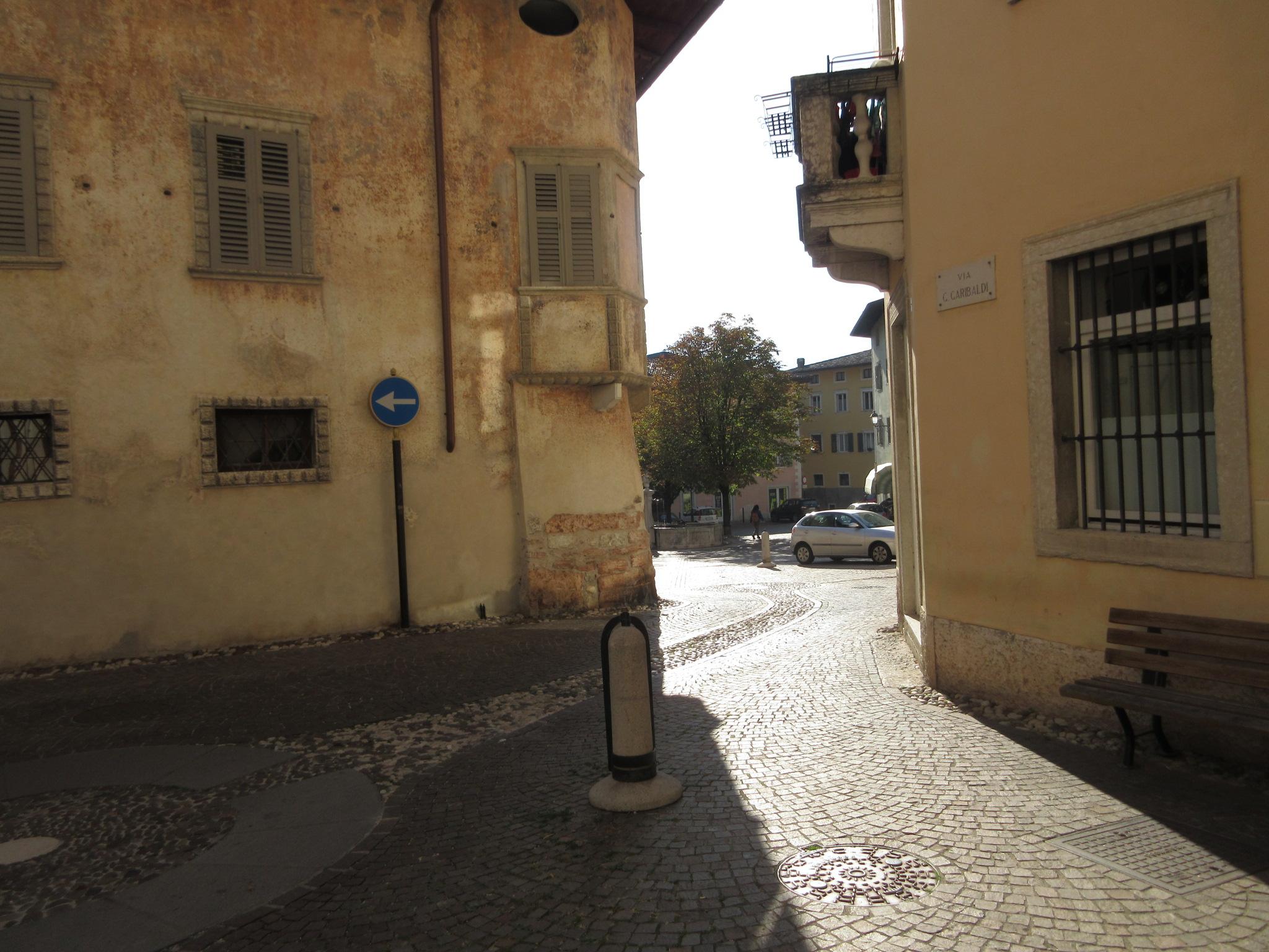 Itinerario di Villa Lagarina , il Borgo Antico (immagine di sandro aita)