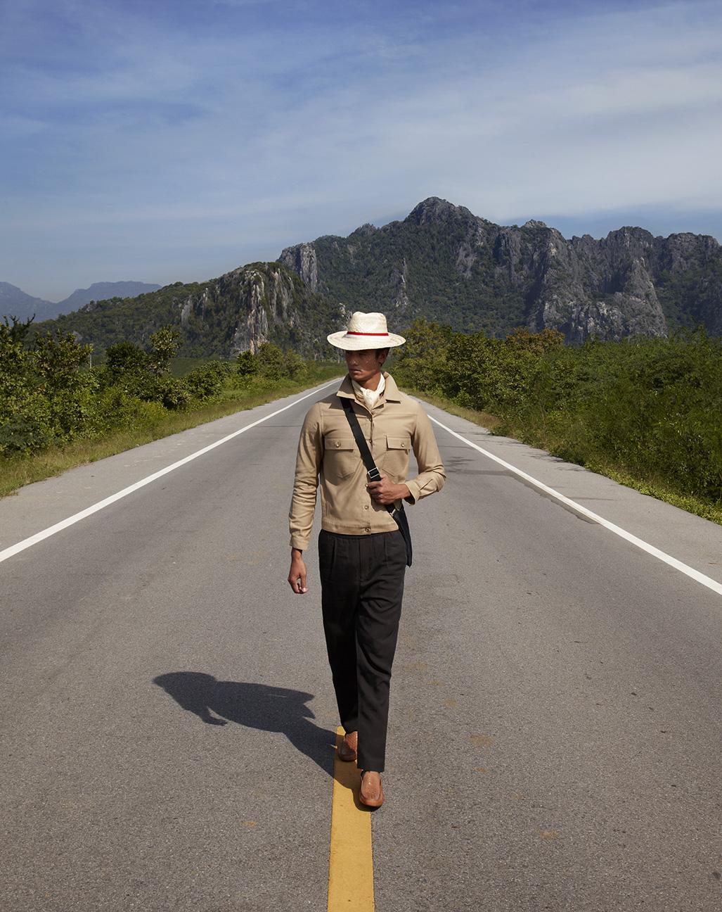 อุทยานแห่งชาติเขาสามร้อยยอด  Jacket : Vick's Pants : Calvin Klien Platinum Loafer : TOD's
