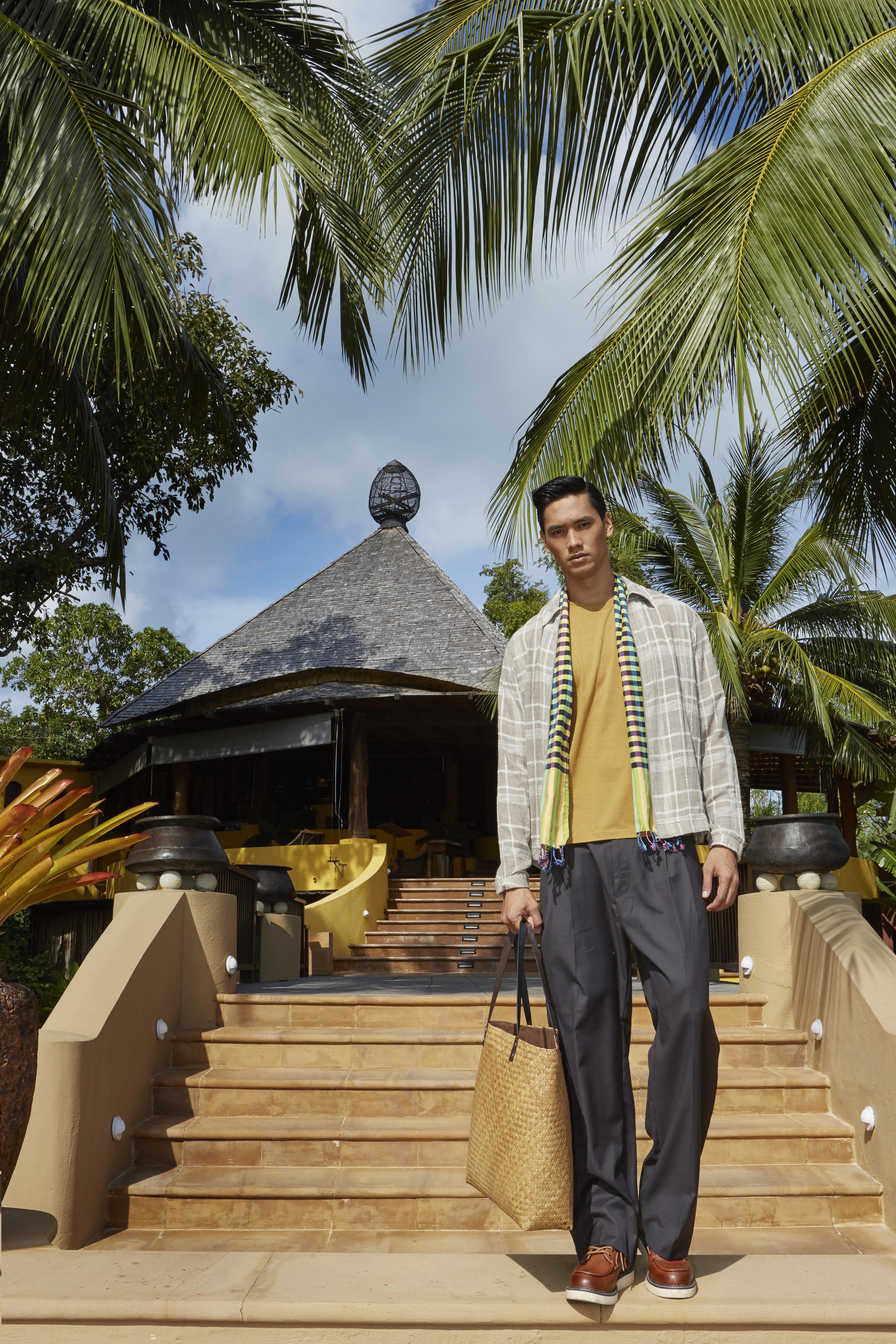 Paradee Resort, Samed Island  clothes : H&M