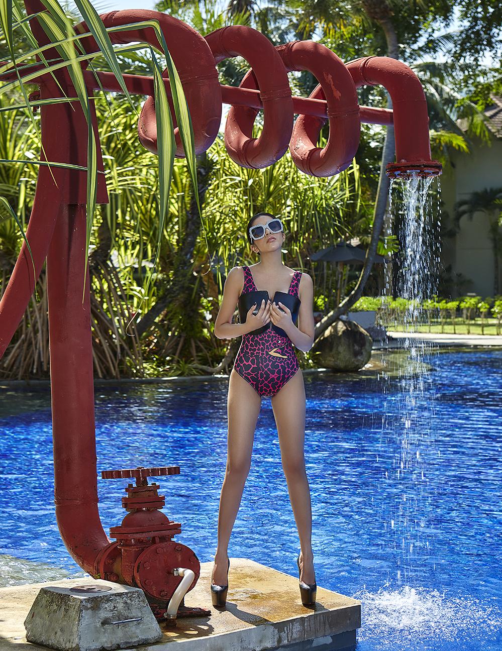 swimwear : La La Love / leather bra : 77th / sunglasses : GUCCI / shoes : Christian Louboutin