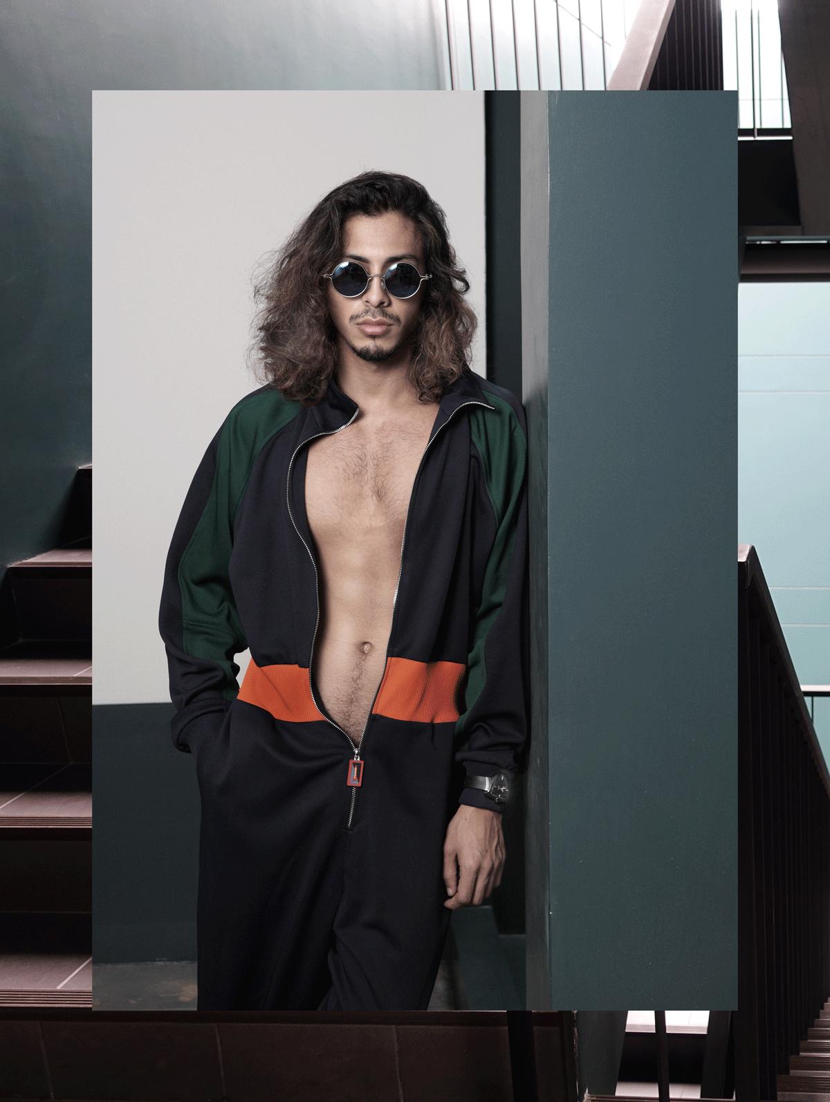 clothes : Everyday Karmakamet / sunglasses : TAVAT / watch : Hamilton Ventura Elvis 80