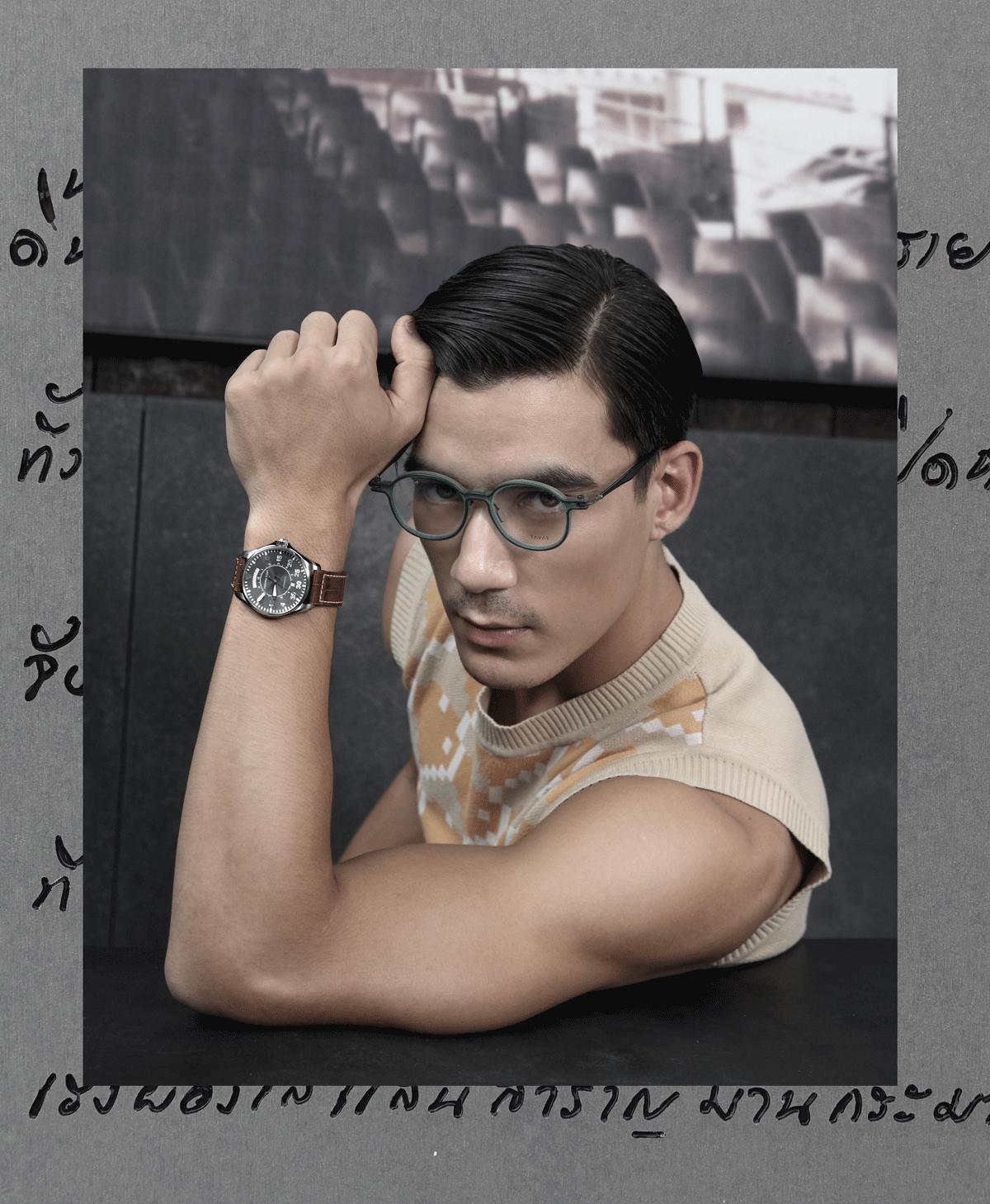 clothes : Everyday Karmakamet / watch : Hamilton Lhaki Pilot Day Date / eyeglasses : TAVAT