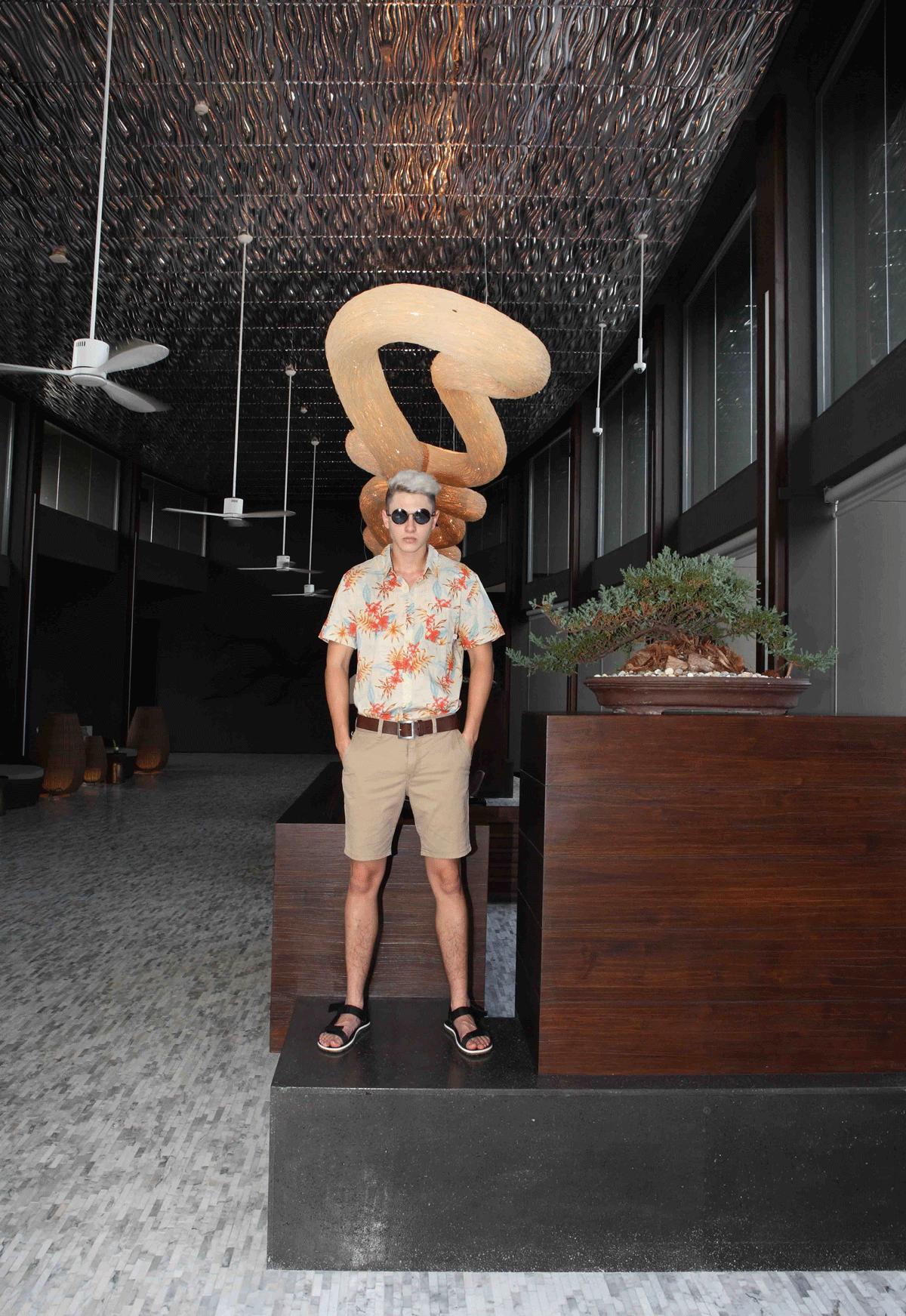 clothes : QUIKSILVER / sunglasses : TAVAT