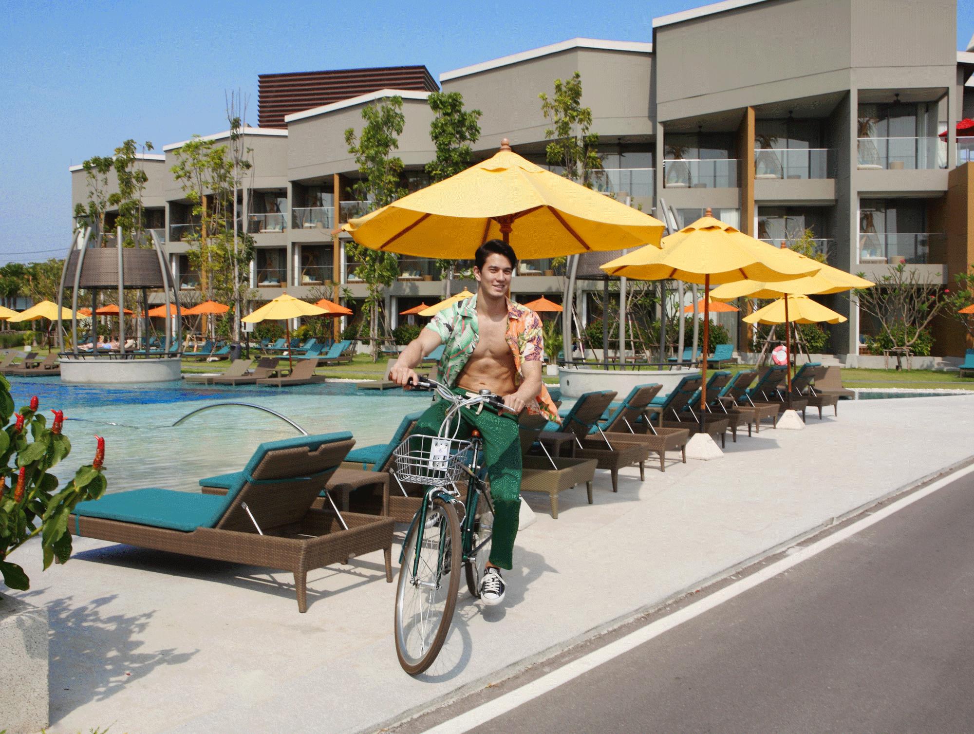 AVANI Hua Hin Resort & Villas  Photo : Tu Virapoj Asavajarn  Model : Matheus Song @metheussongf from@redmodelling  Clothes : CV_Homme @cv-homme  Leisure Projects @leisureprojects  Location : AVANI Hua Hin Resort & Villas  1499 Phet Kasem Rd, Cha-am, Phetchaburi 76120  Tel. 032 898 989  www.minorhotels.com