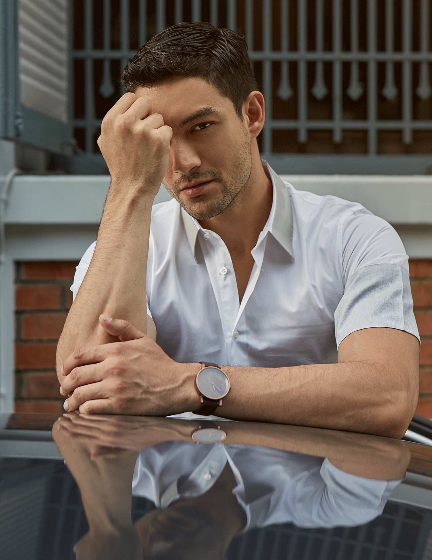shirt : Jil Sander / watch : FORREST